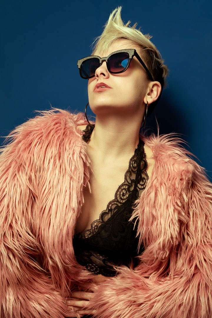 flamingo pink glasses punk style model top