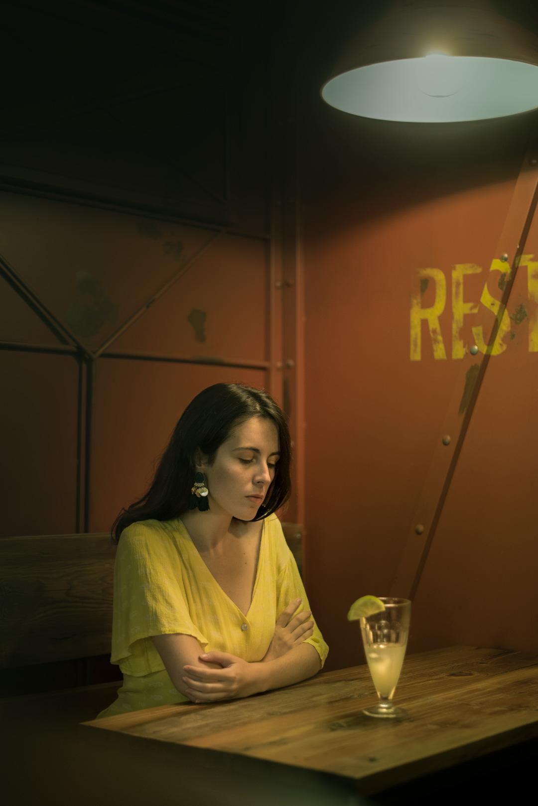 amarillo, mujer, soledad, arte, cuadro, realismo